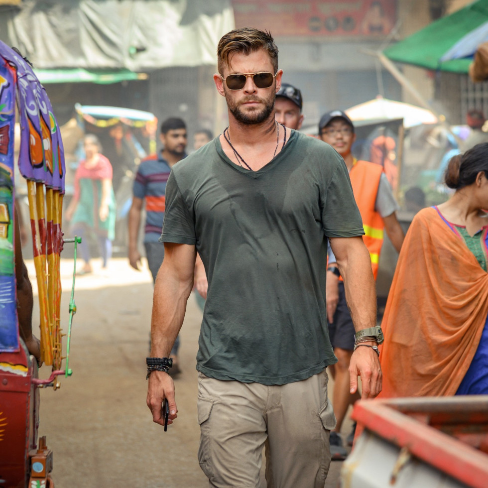Chris Hemsworth in Extraction