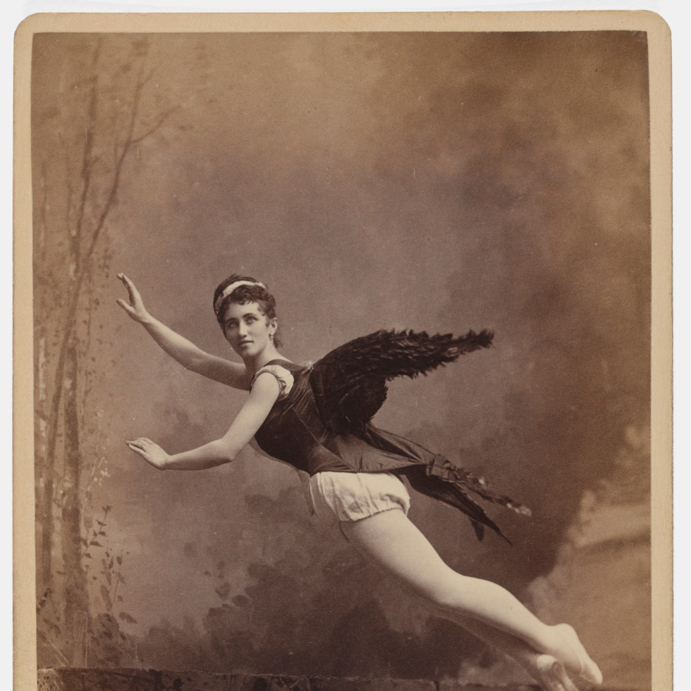 Acting Out: Cabinet Cards and the Making of Modern Photography
