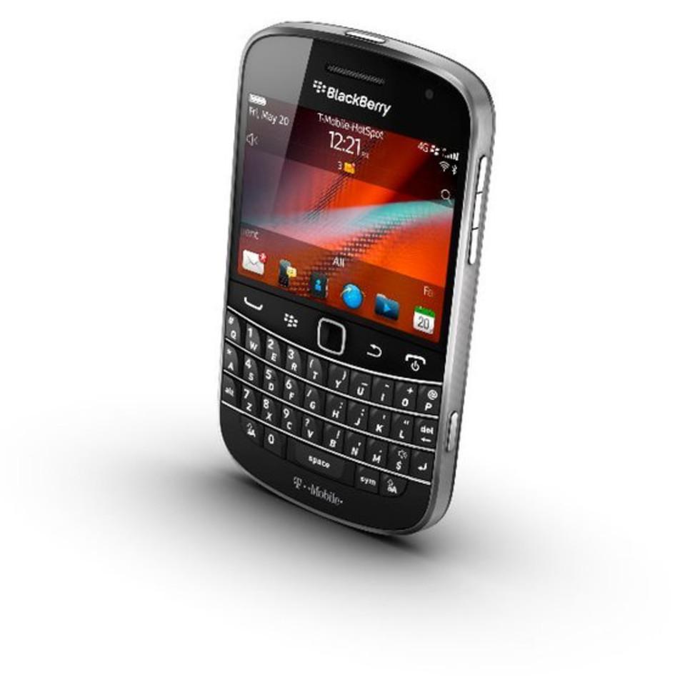 Blackberry Bold 4G cell phone