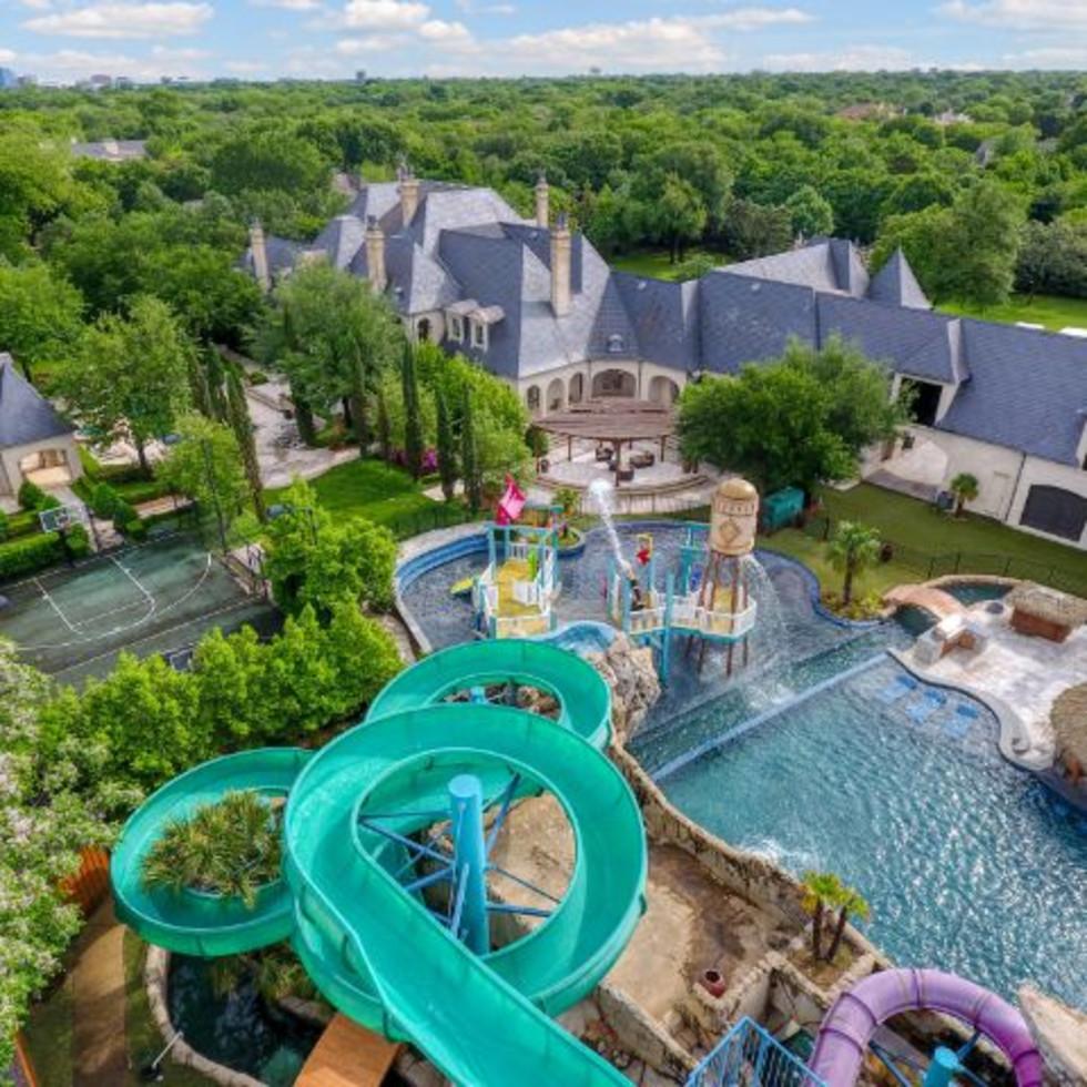 Malouf waterpark slide