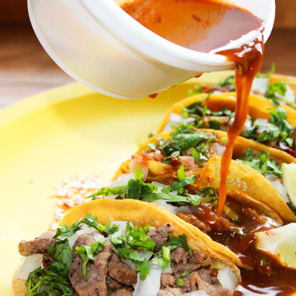 La Calle Tacos platter