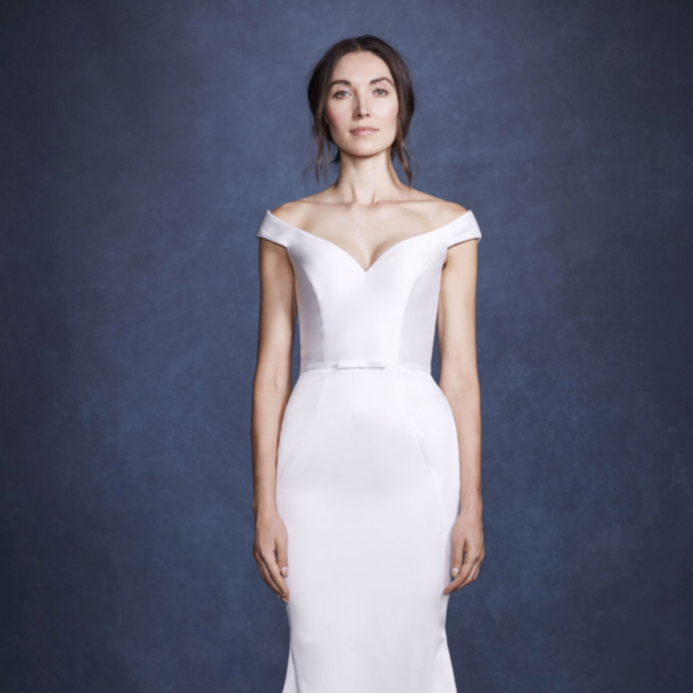 Verdin Iris wedding gown