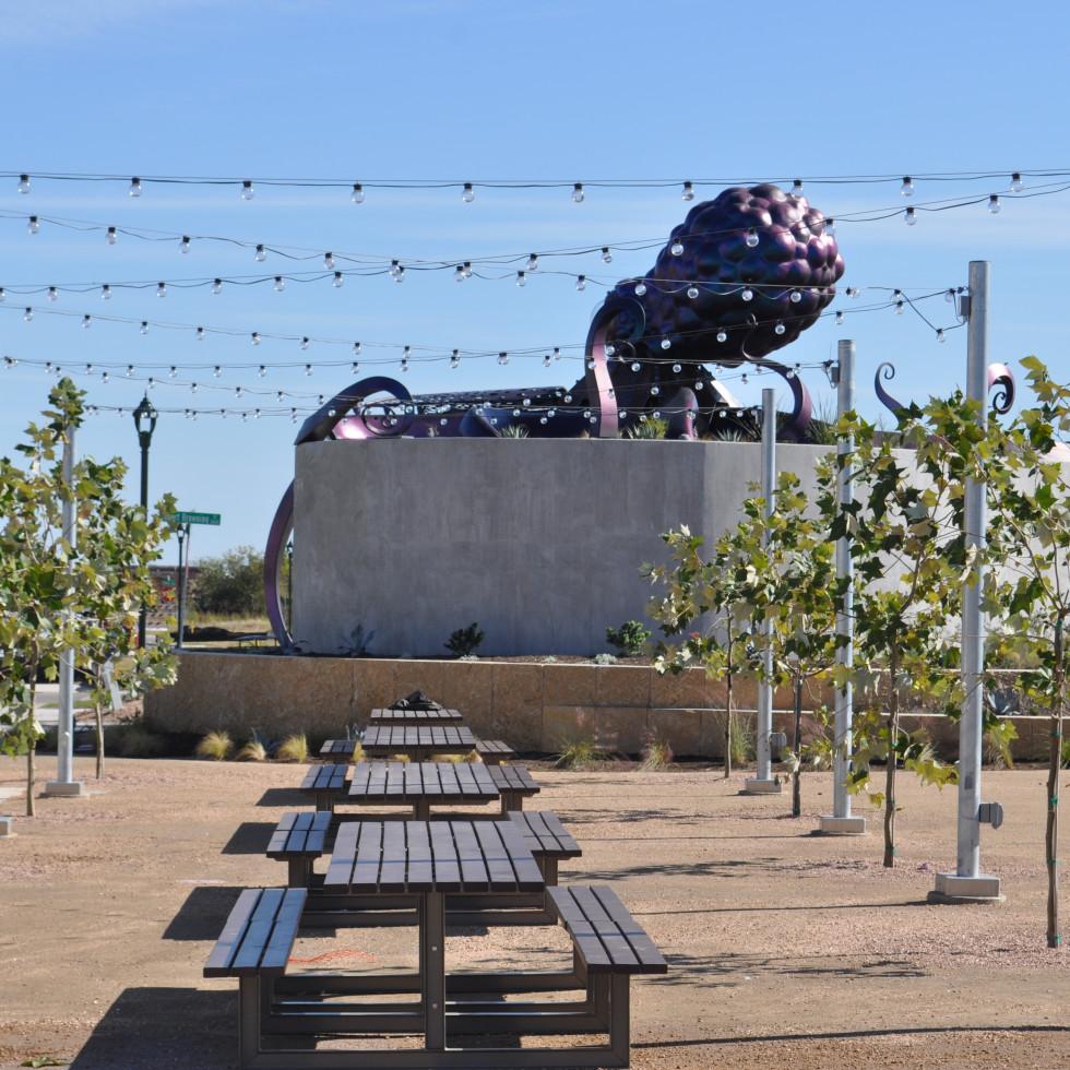 Jessie Andrew Park Mueller Ocho sculpture