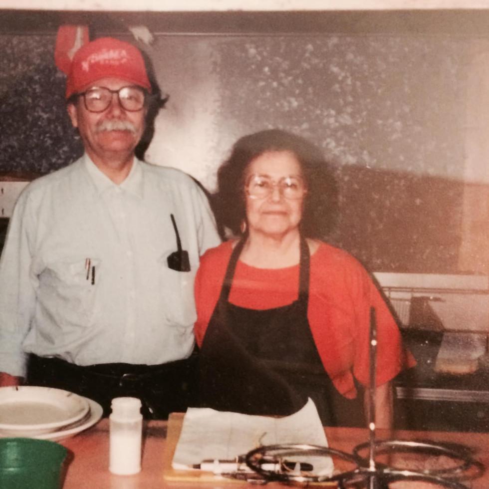 Sammy and Nena Pantoja, Sammy's Restaurant
