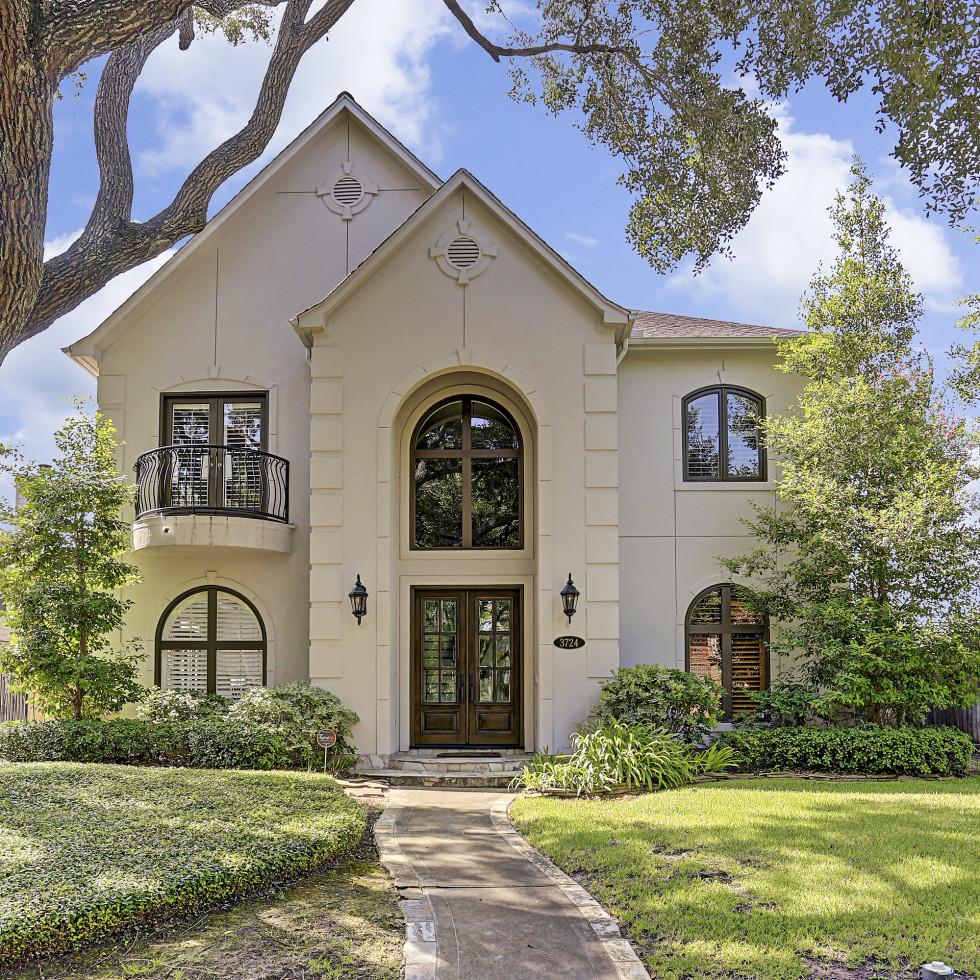 3724 Wroxton Rd. Houston, TX