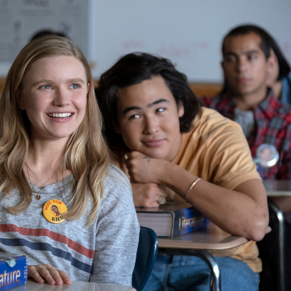 Hadley Robinson and Nico Hiraga in Moxie