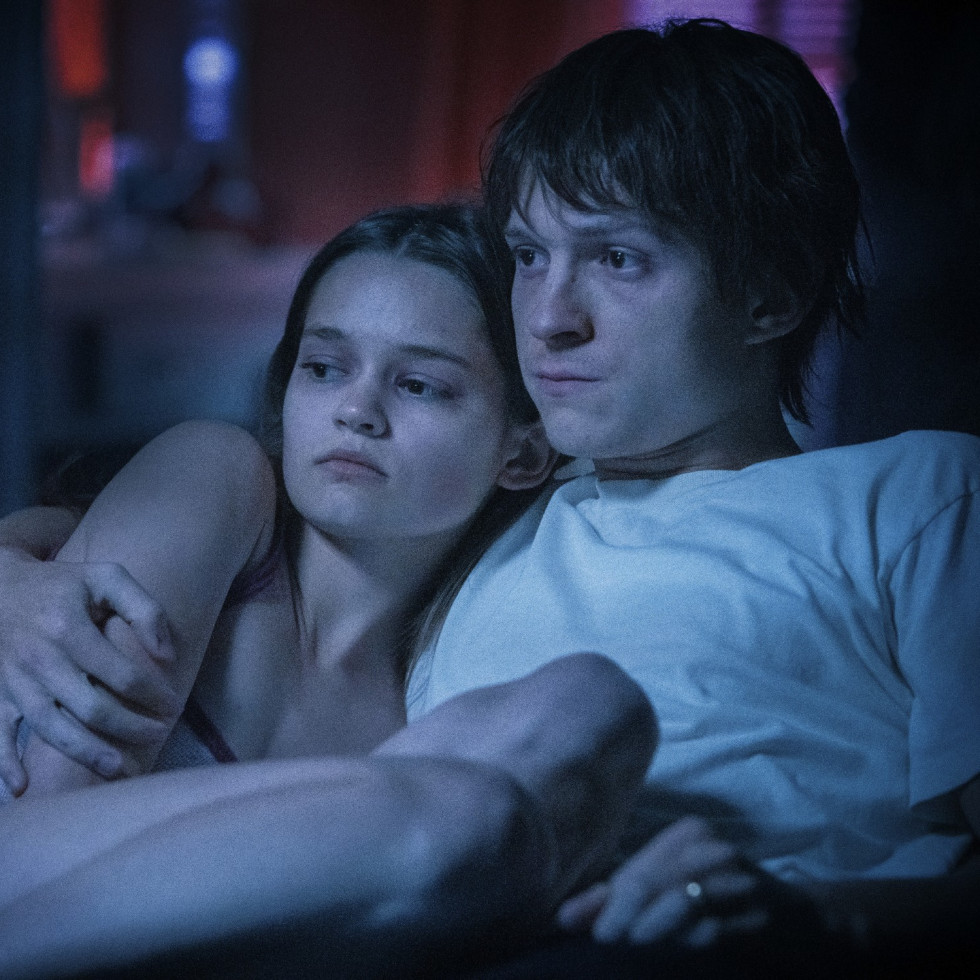 Ciara Bravo and Tom Holland in Cherry