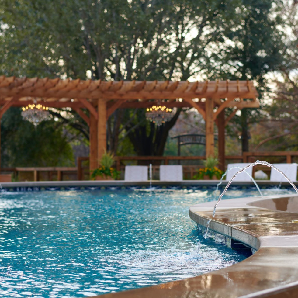 Hotel Drover backyard pool