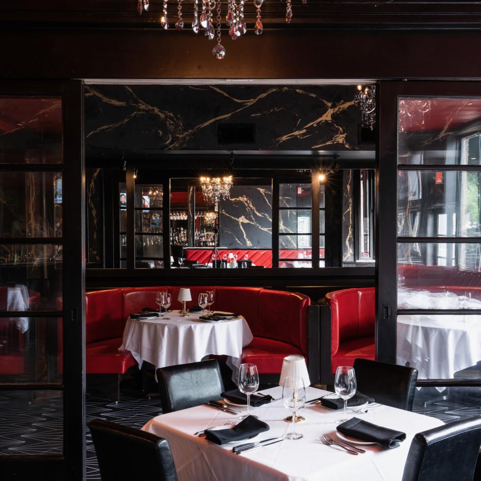 Gatsby's interior bar