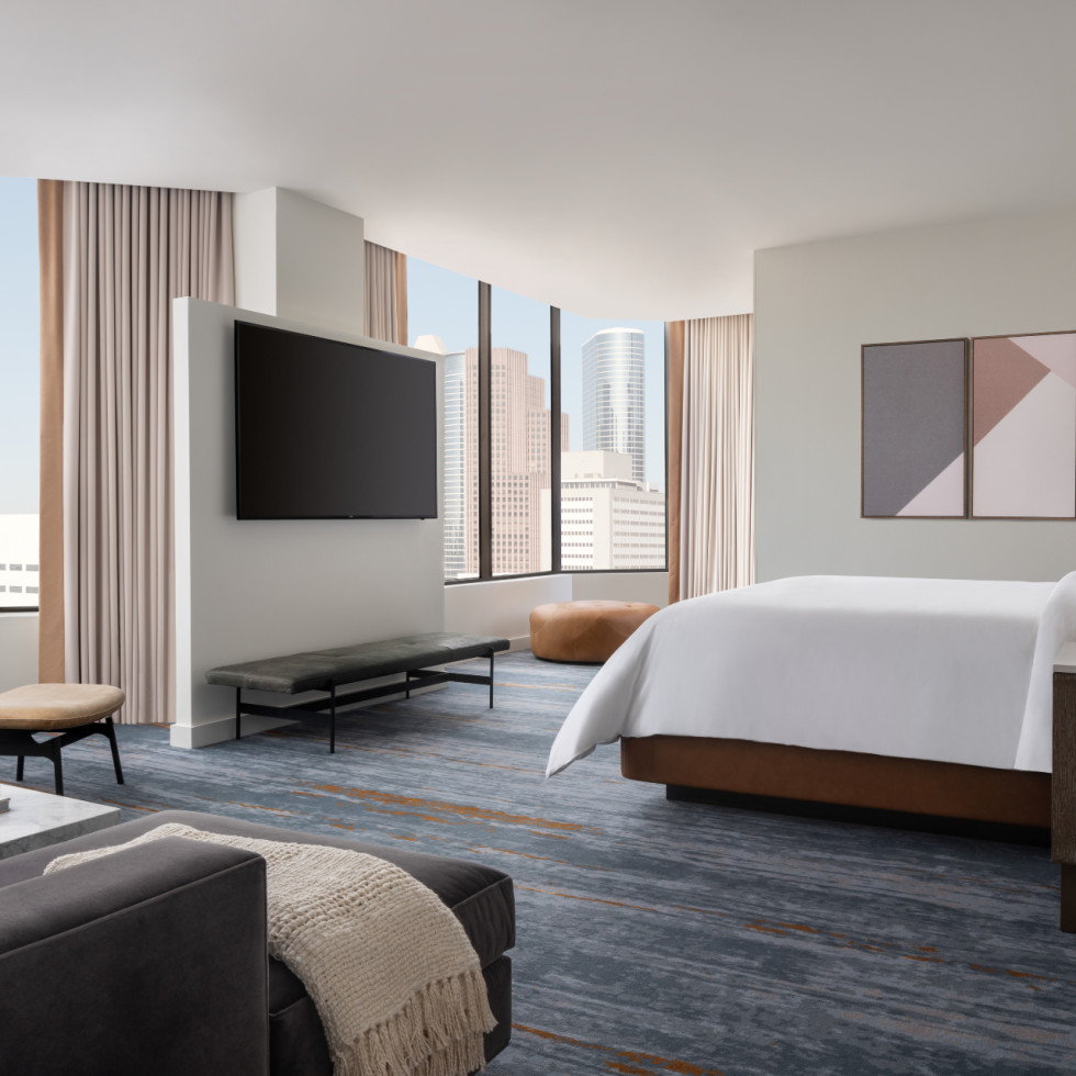 Four Seasons Houston new rooms suites Penthouse master bedroom