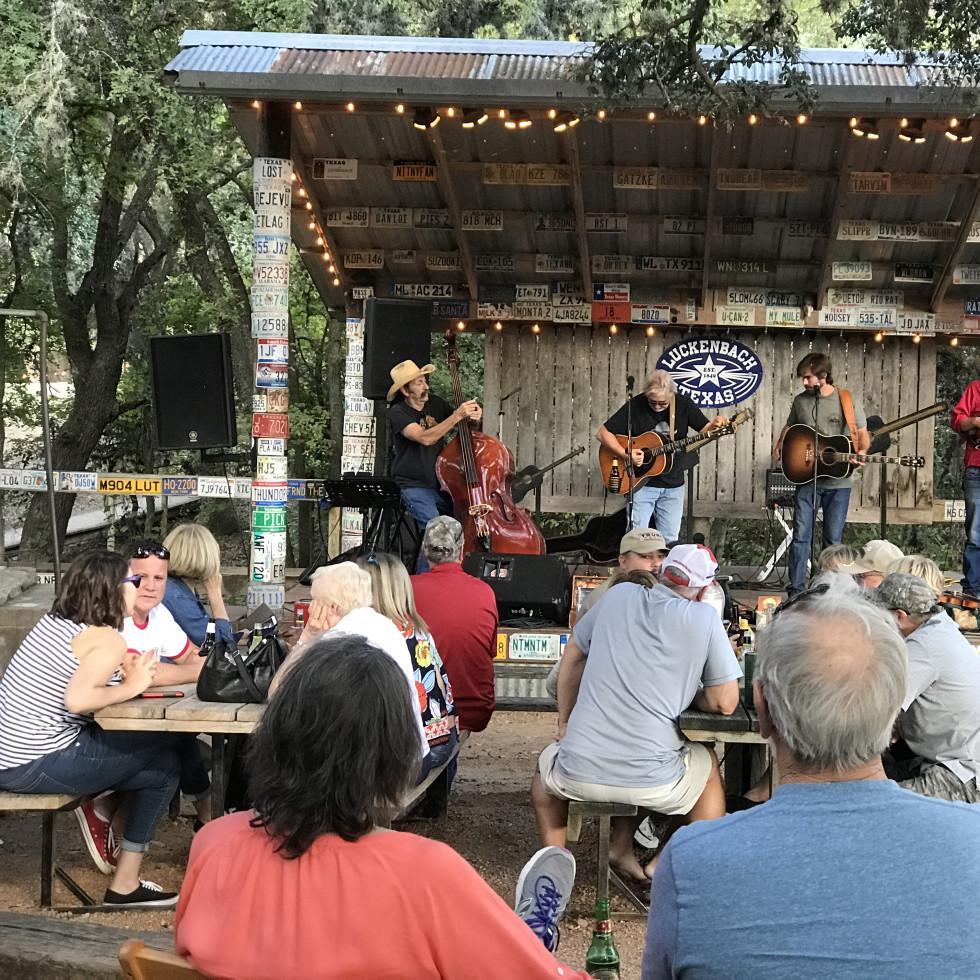 Luckenbach Texas concert