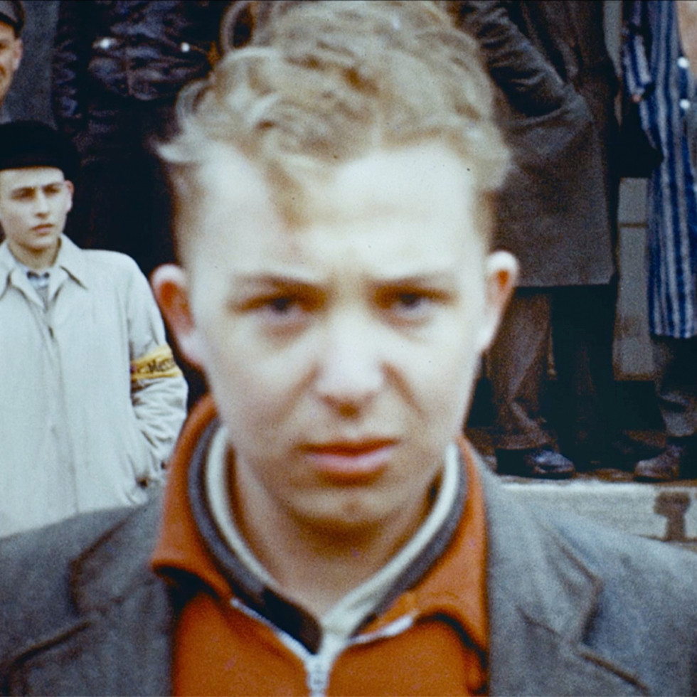 Hitler Youth in Final Account