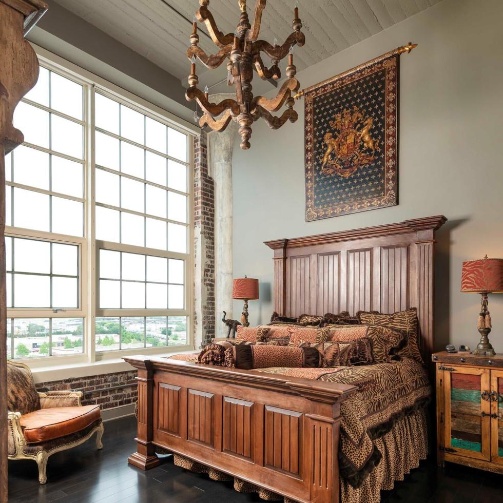 Montgomery Plaza penthouse, 2600 W 7th St 2800