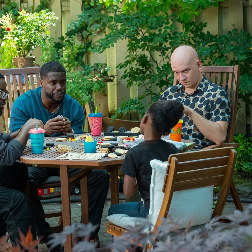 Lil Rel Howery, Kevin Hart, Melody Hurd, and Anthony Carrigan in Fatherhood