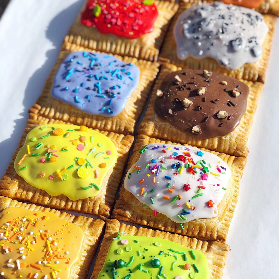 Christina Au pop tarts