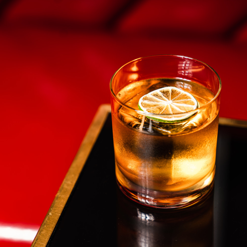 Daisy Buchanan Lounge Old Faux'shioned