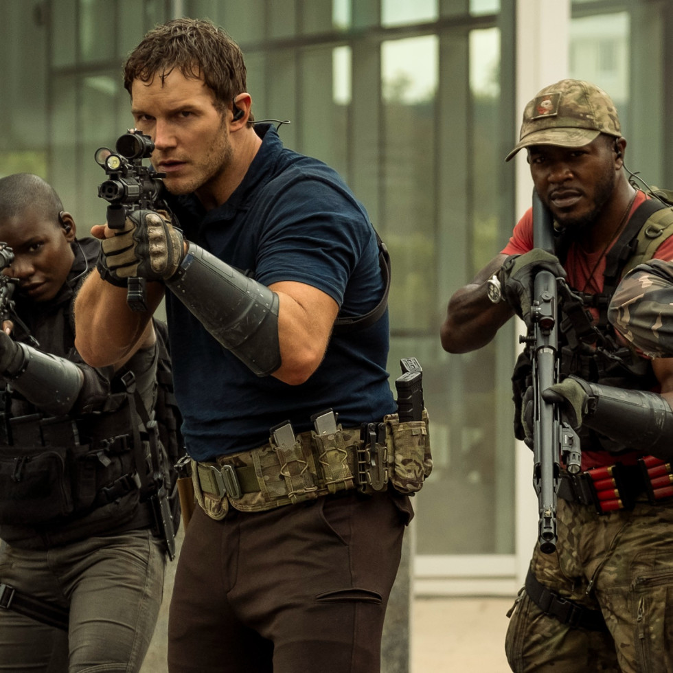 Chris Pratt, Edwin Hodge, and Sam Richardson in The Tomorrow War
