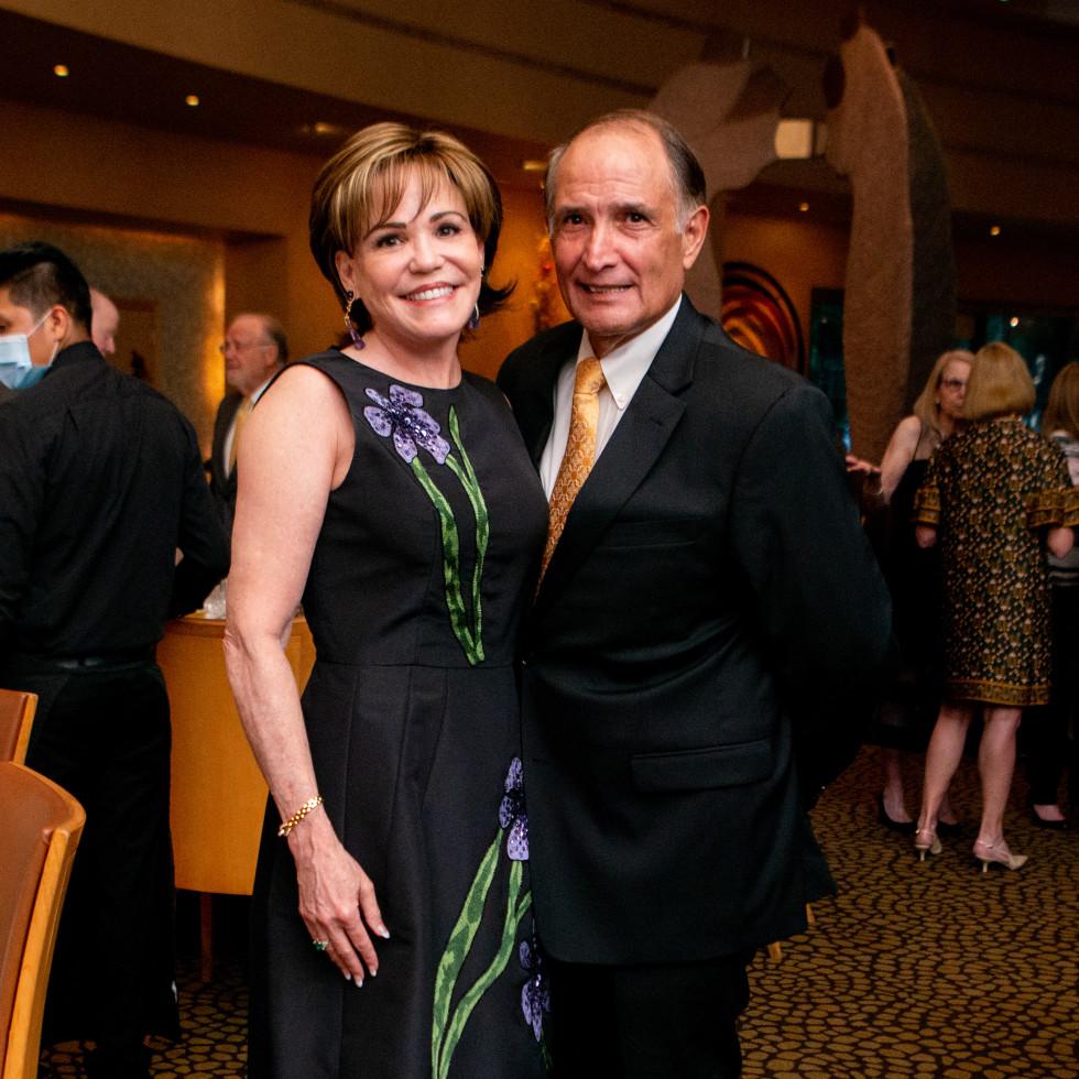 Tony's Wine Dinner The Women's Fund Hallie Vanderhider, Glenn Reyes