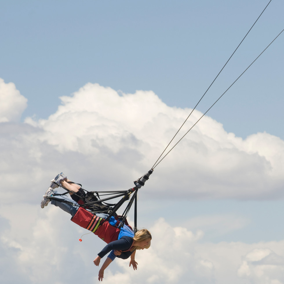 Giant bungee jumping