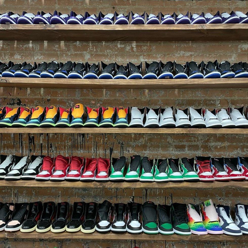 Nollege clothing shoes Houston