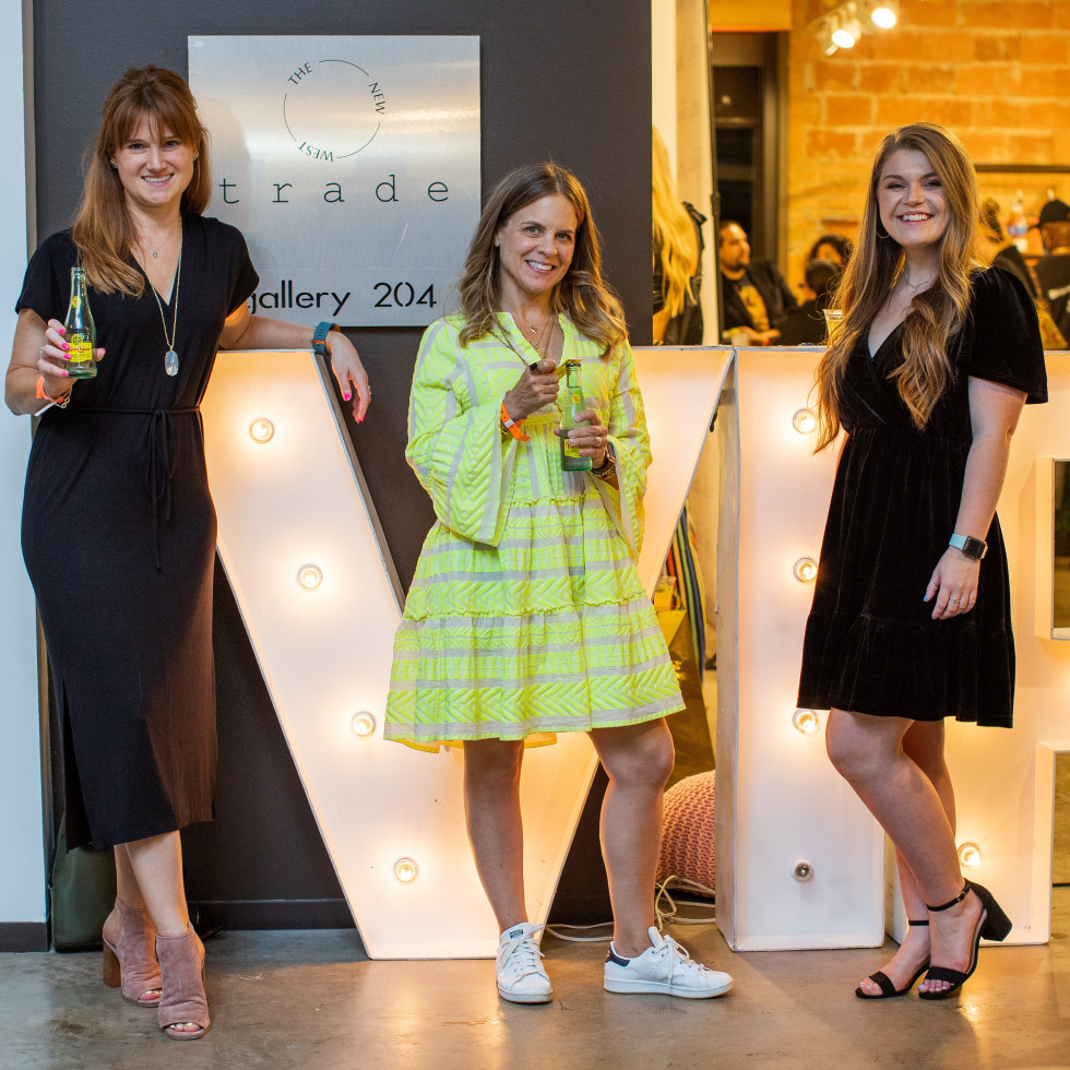 Tastemaker Awards Dallas-Fort Worth, VIP room, Amber Bufkin, Melanie Zacek, Faith Heitz