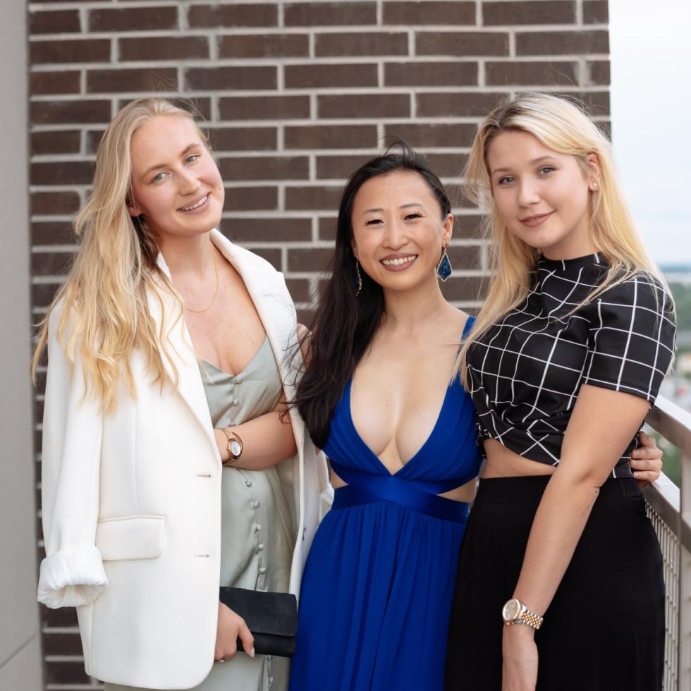 Ellison Heights Diamonds Direct shopping party Sasha Hardage, Sabrina Runbeck, Margo Pletenova