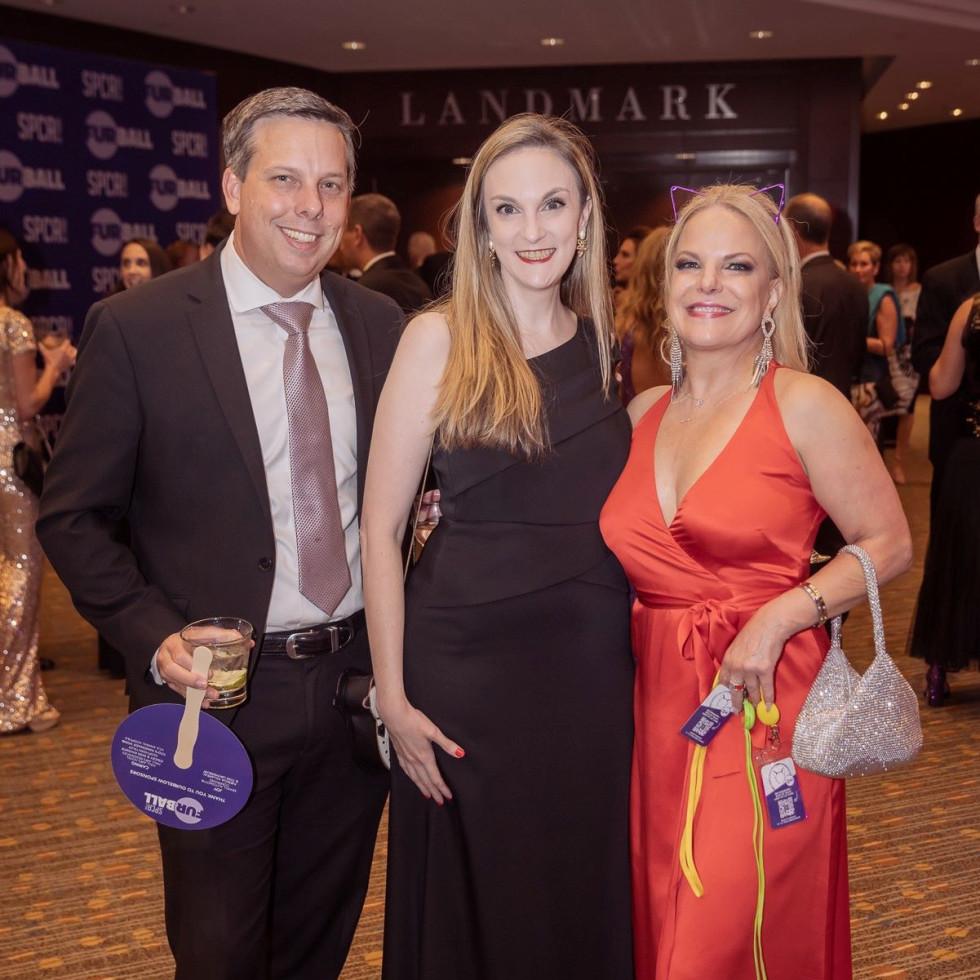 Daryl Roberts, Rebecca Roberts, Rebecca Marabito