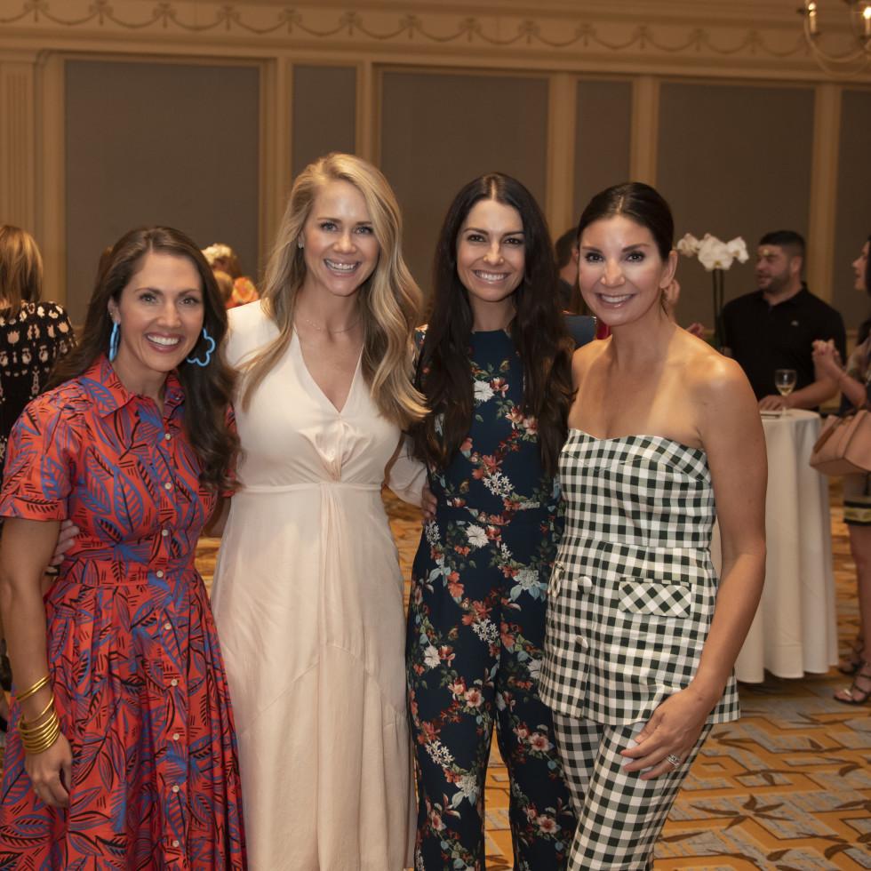 Chelsea Bailey, Caroline Mooi, Lane Pender, Lindsay Morris