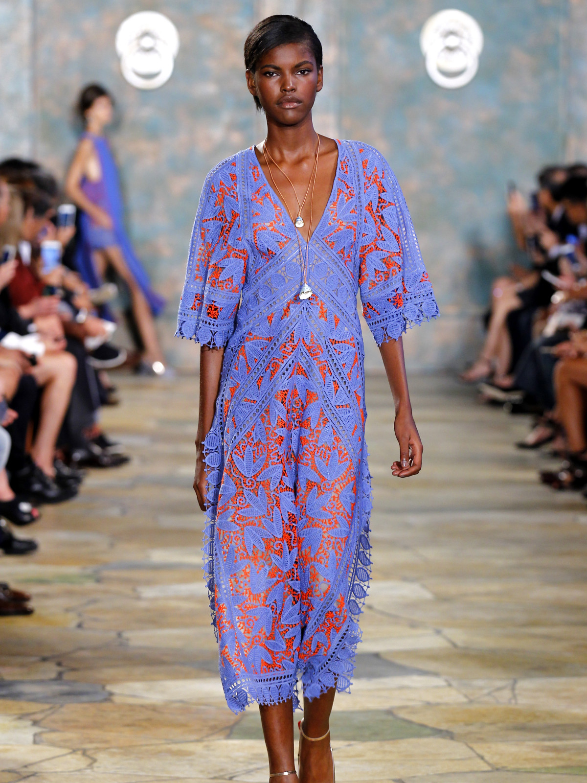 51ca9bb5c8e3d Tory Burch springs some fashion surprises and next hot gold ...