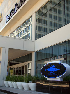 Places-Eat-The Oceanaire Seafood Room-exterior-sign-1