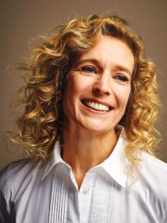 Suzanne Bona