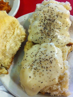 Barbec's biscuits and gravy