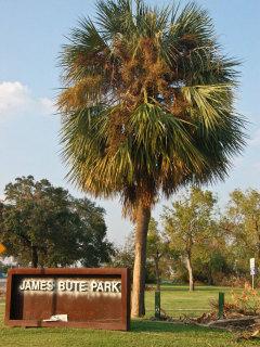 Places-Unique-James Bute Park-sign-1