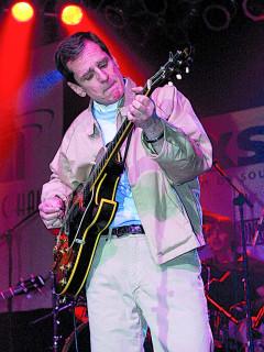 News_Alex Chilton_guitar