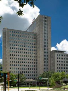 News_Ralph Bivins_Main Building_1100_Holcombe