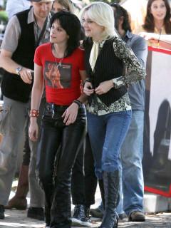 News_The Runaways_Kristen Stewart_Dakota Fanning