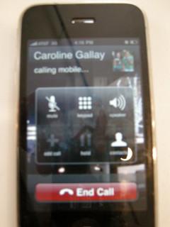 News_Caroline_cell phone