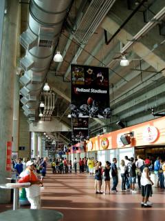 News_Reliant Stadium_concession stand