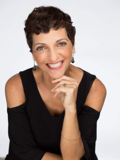 Julie Slim