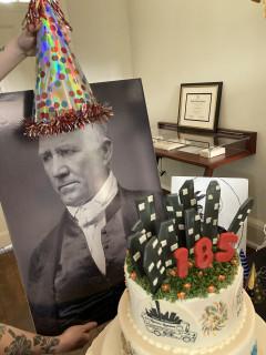 Happy Birthday Houston Tours & Cupcakes