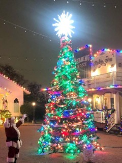 Hometown Holidays & Trail of Lights