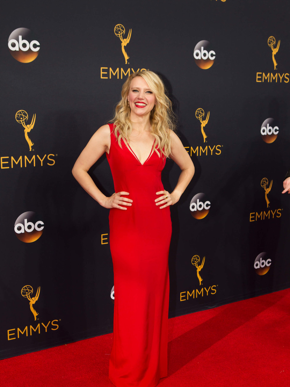 Kate McKinnon red gown at Emmy Awards