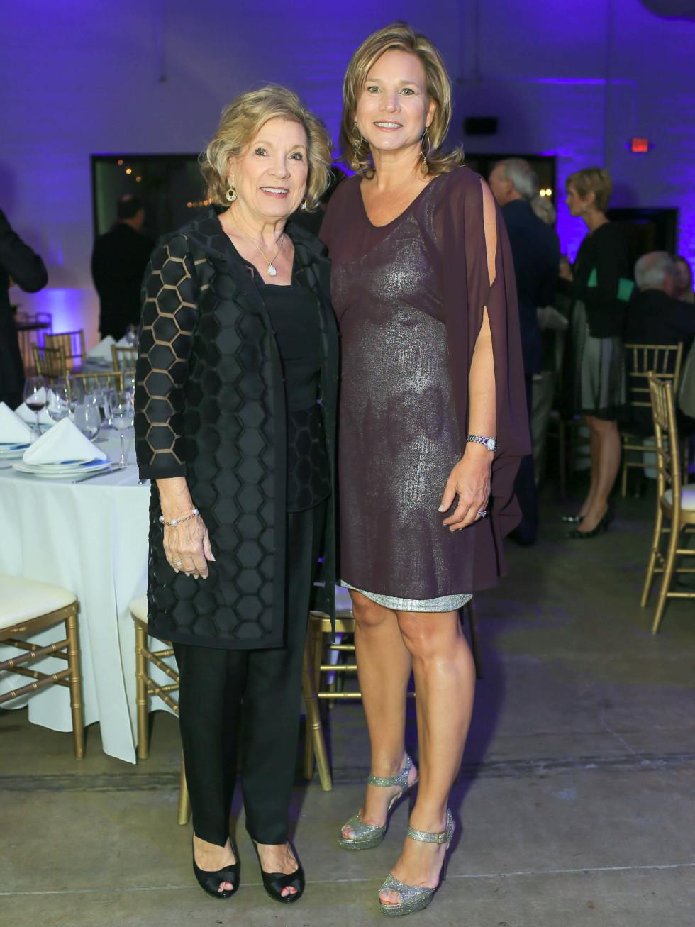Marianne Staubach, Jennifer Staubach Gates, 2016 Champion of  Human Rights Award recipient