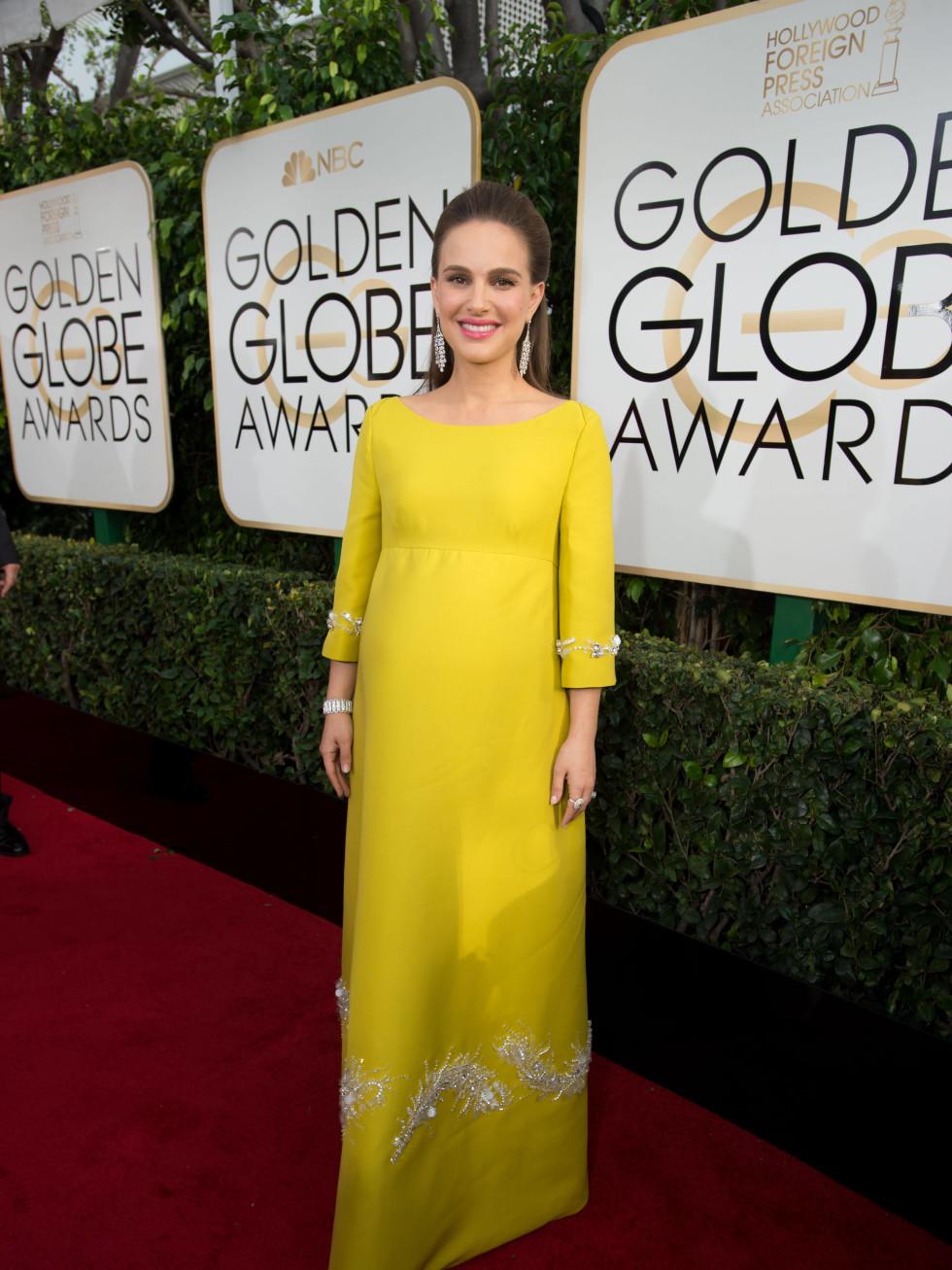 Natalie Portman at Golden Globes 2017
