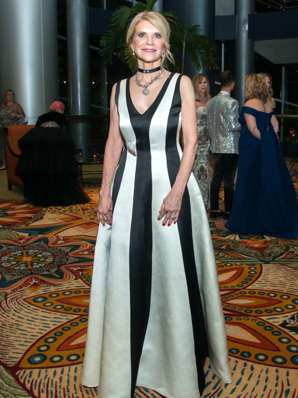 Houston, Women of Distinction fashionable gowns, Feb 2017, Kim Tutcher