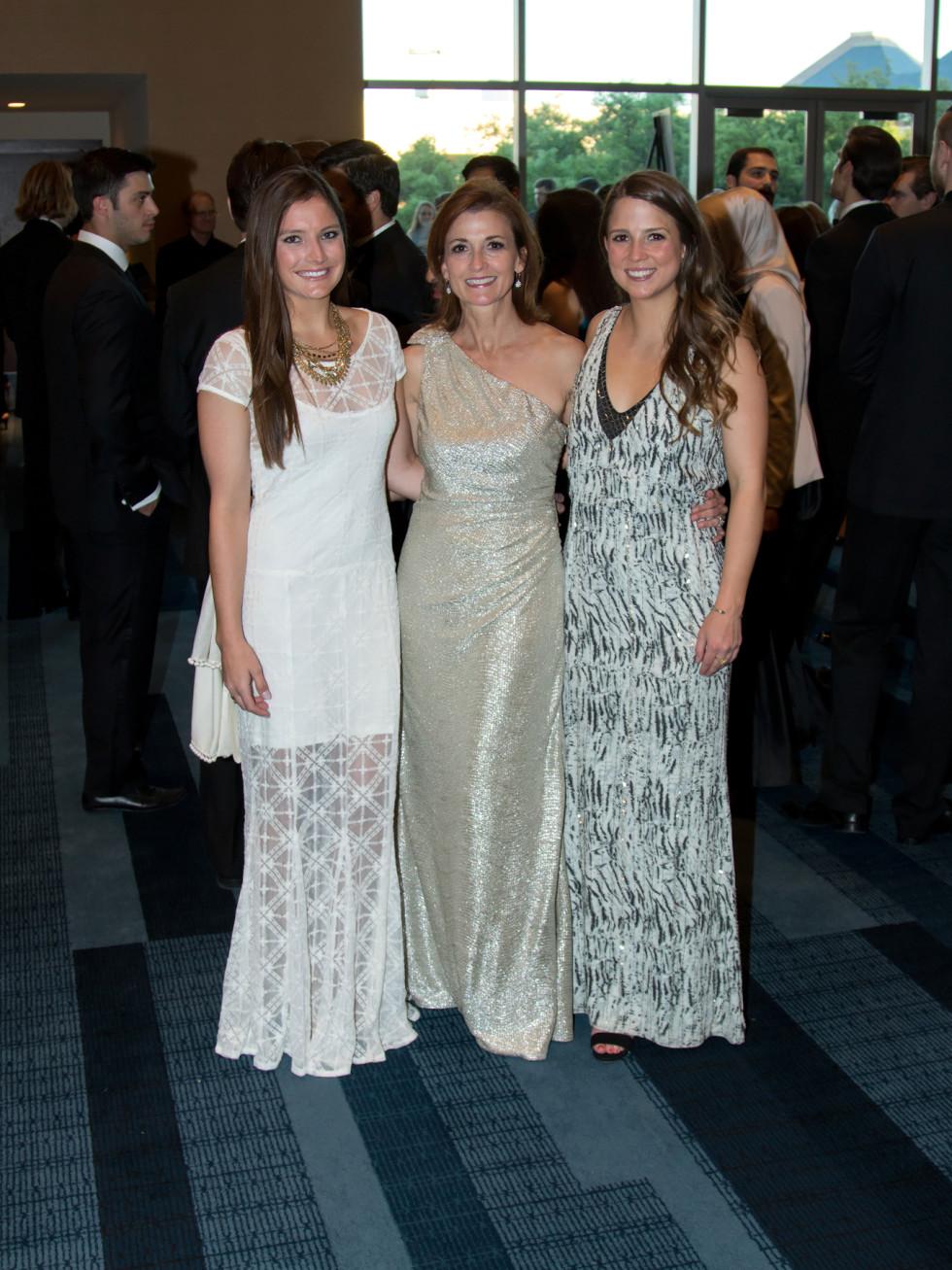 Lindsay Bannon, Cammy Dickenson, Melanie Dickenson