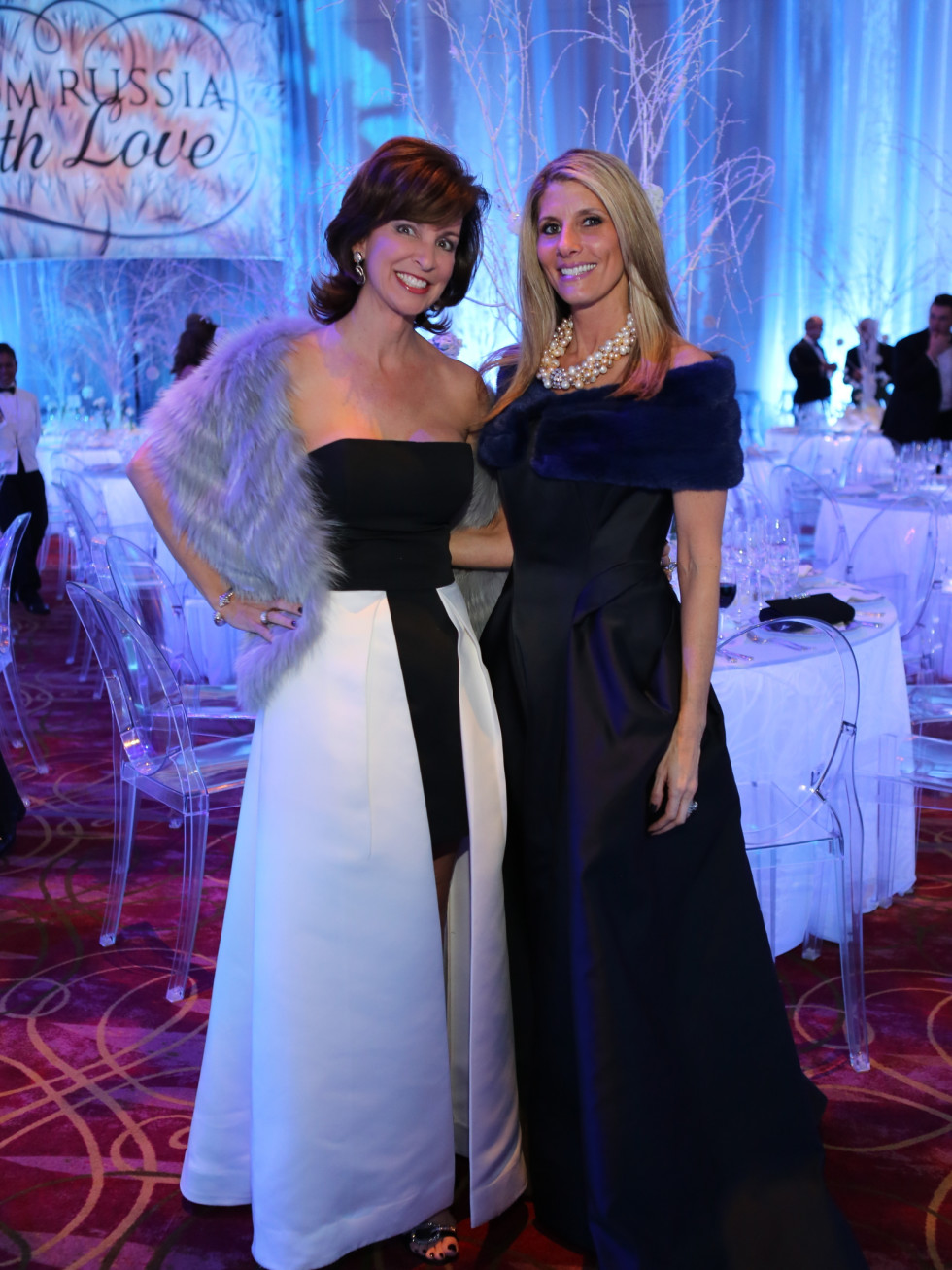 Houston Ballet Ball, Feb. 2016,  Julie Oliver in Halston, Gina Bhatia in Zac Posen