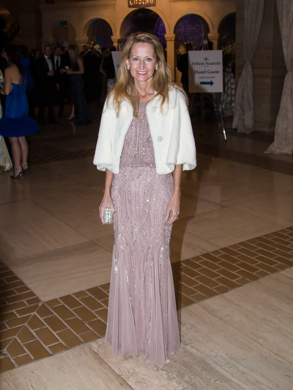 Lynn McBee in Marchesa