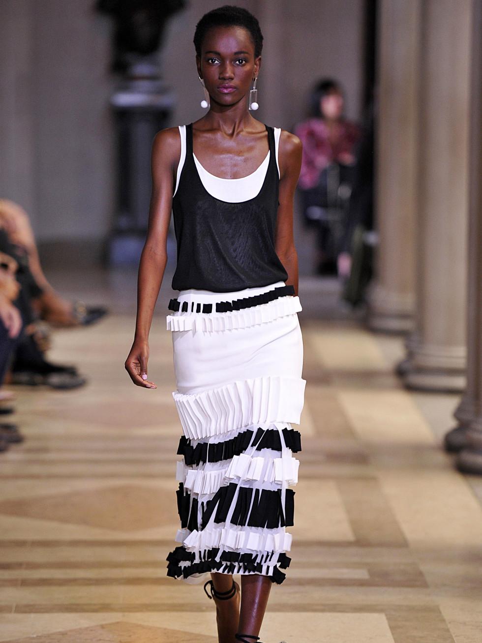 Carolina Herrera spring 2016 collection Look 17