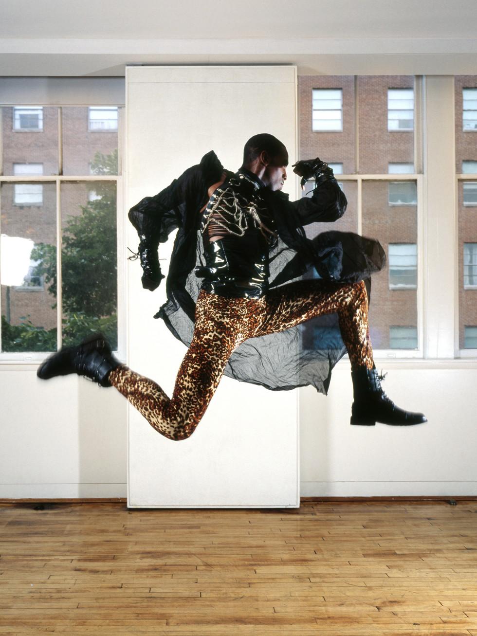 Frederic Nauczyciel Marcus Revlon (Jump)